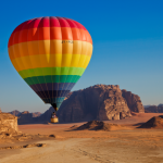 hot air balloon wadi rum jordan
