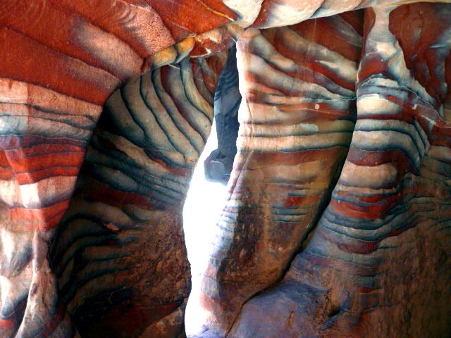 Red rose rainbow rocks cave petra