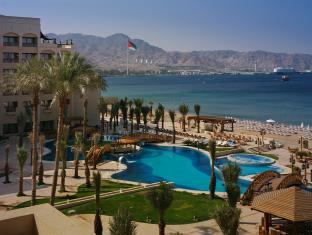 exterior aqaba intercontinental resort hotel