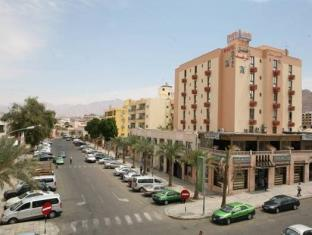 Raed hotel and suites exterior aqaba