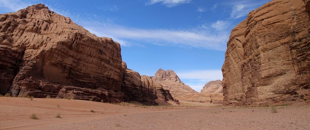 barragh canyon wadi rum jordan