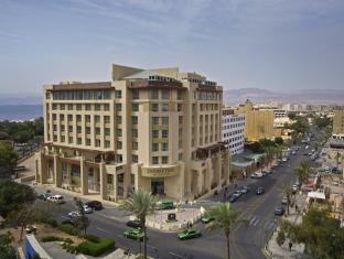 exterior double tree by hilton aqaba city hotel