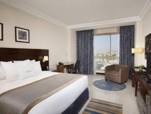room Double tree by hilton city aqaba hotel
