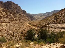 Wadi feynan, feynan trail, dana, nature trail, hiking, trekking, adventure, tour, jordan