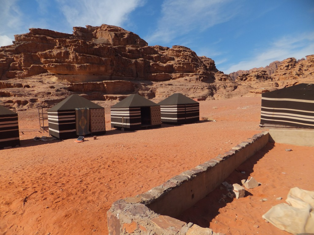 wadi rum mountain guides camp site